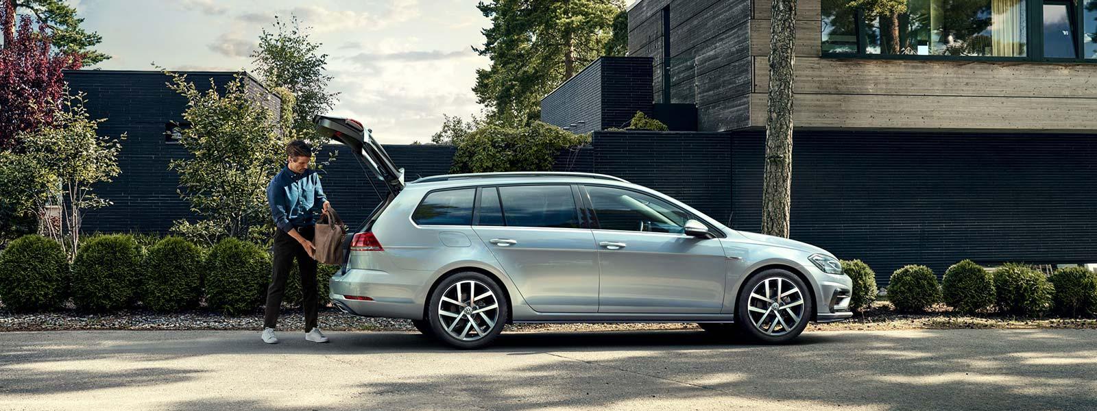Nouvelle golf sw blet rouen grand quevilly garage for Garage volkswagen grand quevilly